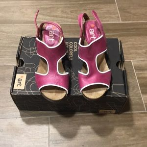Shoes - Magenta Sandals with Heel